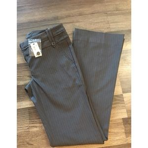 The Limited flare leg pants size 0 NWT
